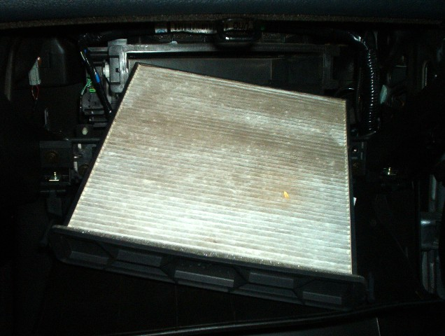 How to Replace the 2017 Honda Accord Cabin Air Filter